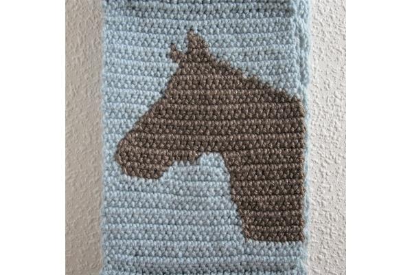 crochet horse head silhouette