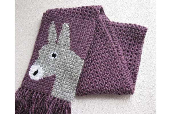 folded burro scarf