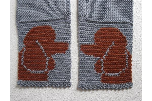 back side of poodle scarf