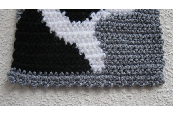 bottom edge of scarf