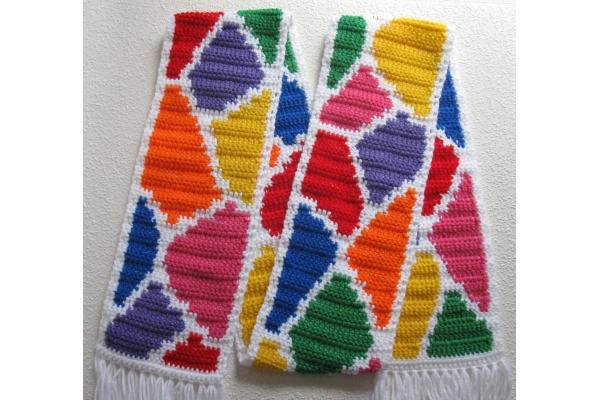 full view giraffe scarf