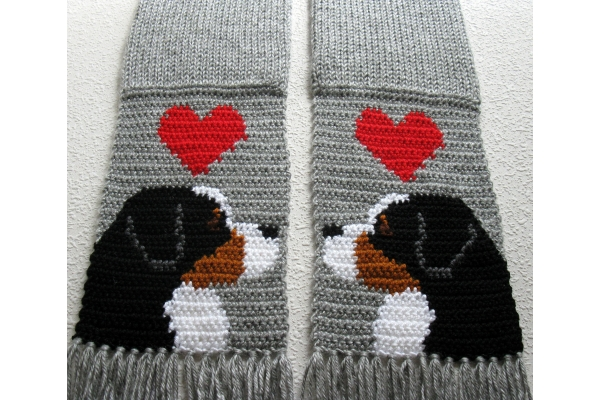 gray knit mountain dog scarf