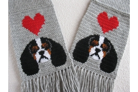 Spaniel dogs and hearts scarf