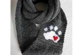 paw print scarf