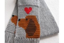 Bloodhound scarf