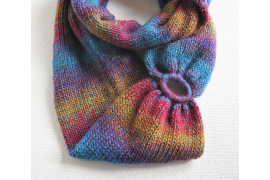 colorful knit scarf with oval ring