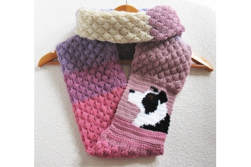 Border collie infinity scarf. Knit color block circle cowl with a black and white collie dog