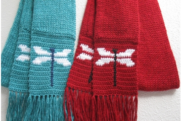 Dragonfly Scarf. Turquoise blue or red heather knit scarf with dragonflies