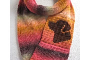 Lab Infinity Scarf. Autumn colors eternity scarf with a chocolate Labrador retriever dog