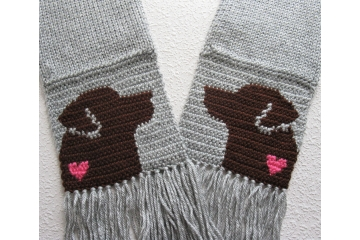 Chocolate Lab Scarf. Handmade grey scarf with small pink hearts and brown Labrador retriever dogs