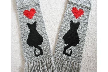 Knit Cat Scarf. Gray heather scarf with red hearts and black kitties