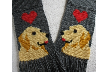 Golden Retriever Scarf. Gray knitted scarves with red hearts and yellow dogs