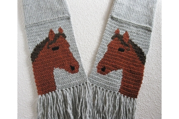 Horse lovers scarf. Gray knit scarf with sorrel horses for equestrians
