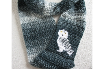 Owl Infinity Scarf.  Long denim stripes circle cowl with a white snowy owl