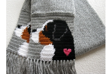 Bernese Mountain Dog Scarf. Gray crochet and knitted scarf with Berner dogs and pink hearts.