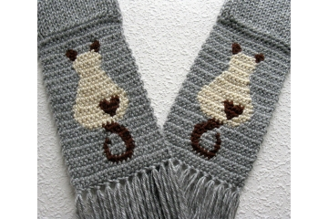 Knit Siamese Cat Scarf. Gray with cream and brown Himalayan kitty cats and small hearts.