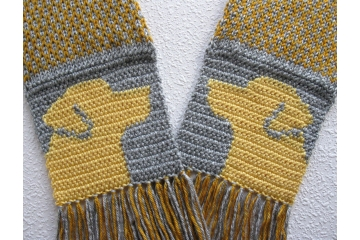 Yellow Lab Scarf. Gold and gray fair isle scarf with Labrador retriever dogs