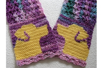 Labrador Retriever Scarf. Colorful, crochet scarf with yellow lab dogs.