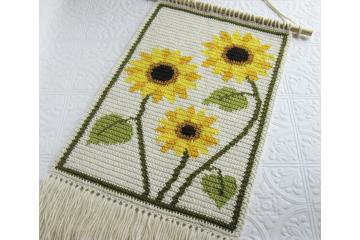 Sunflowers crochet pattern. Modern crochet wall hanging pattern. Instant download, pdf file